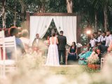 How to use flowers to make the event memorable?